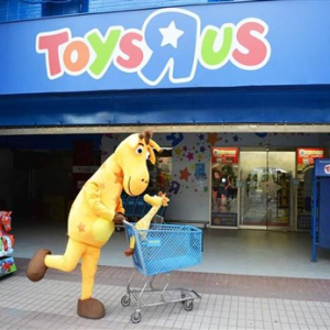 "Toys ""R""Us"